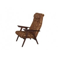 Кресло для отдыха с дер.подлокотниками
